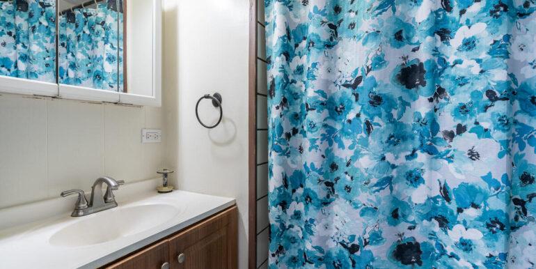 92670 Nohona St Kapolei HI-019-019-Master Bath-MLS_Size