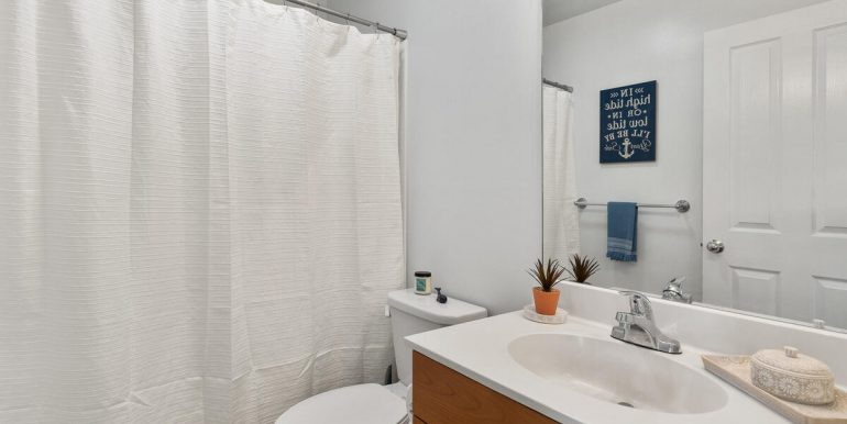 913021 Makalea Loop Ewa Beach HI 96706 USA-022-032-Bathroom-MLS_Size