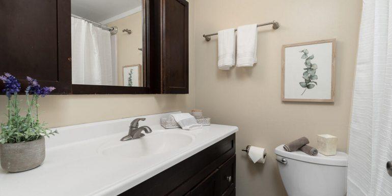 95431 Kuahelani Ave 123 Mililani HI 96789 USA-020-016-Bathroom-MLS_Size