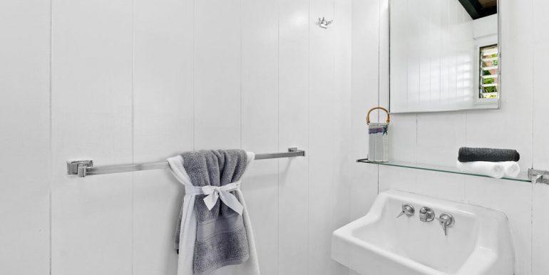 2232 Ahapule St Pearl City HI 96782 USA-014-016-Master Half Bath-MLS_Size