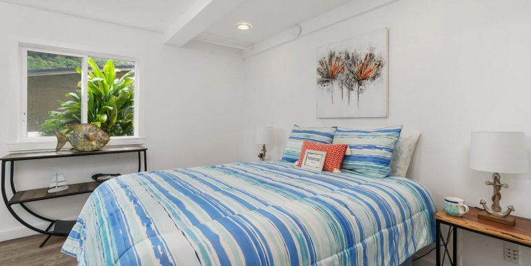 3031 Nihi St E6 Honolulu HI 96819 USA-016-019-Bedroom-MLS_Size