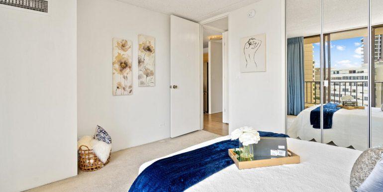 411 Hobron Ln 1205 Honolulu HI 96815 USA-013-005-Master Bedroom-MLS_Size