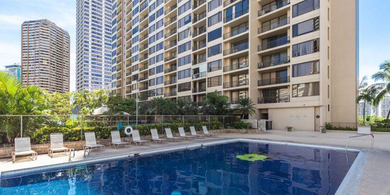 411 Hobron Ln 1205 Honolulu HI 96815 USA-017-020-Pool-MLS_Size