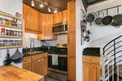 51636 Kamehameha Hwy 422-large-009-018-Kitchen-1500x1000-72dpi